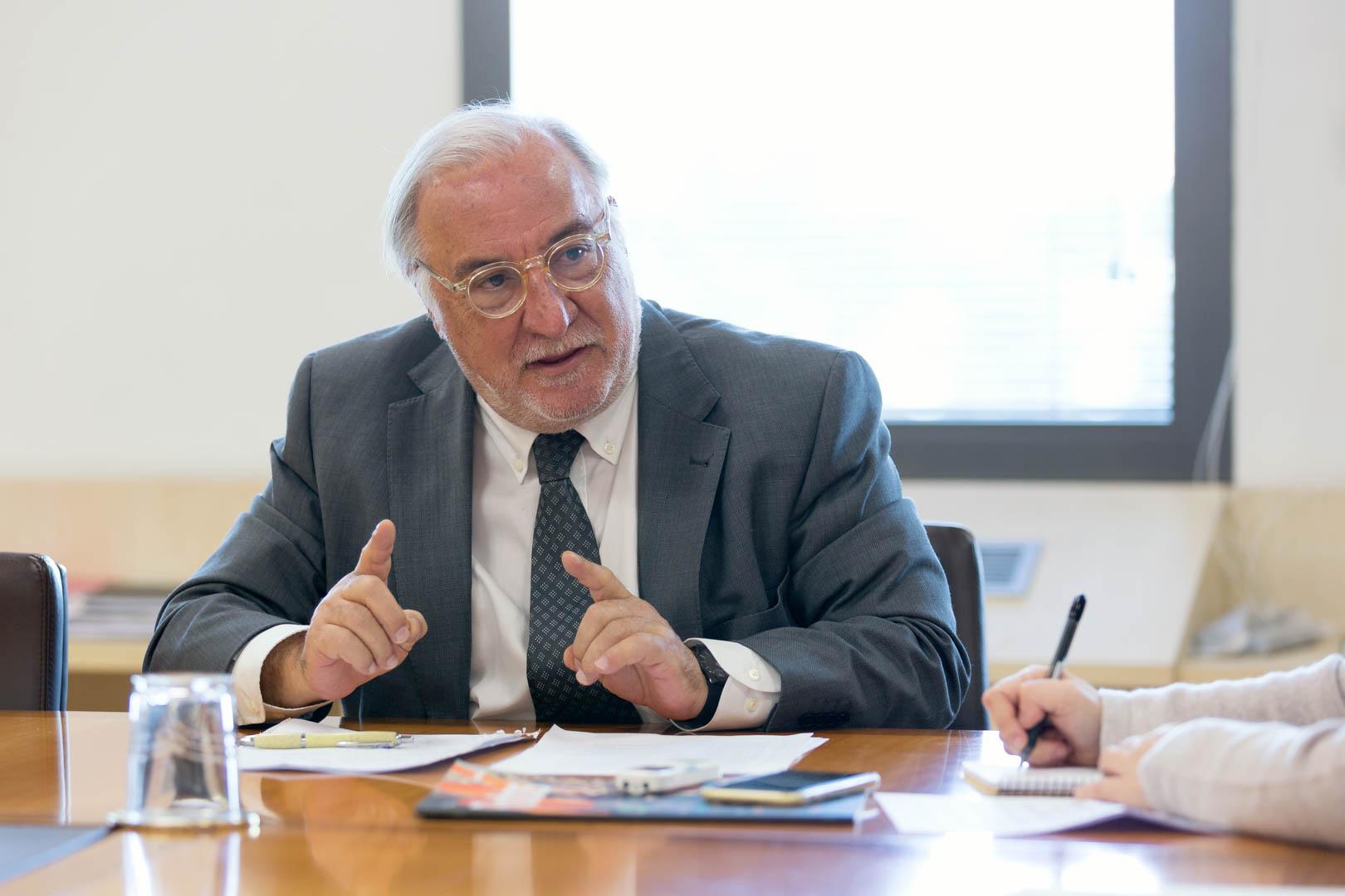 Pere Navarro Olivella
